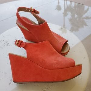 Kenneth Cole Roc-n-Sole Coral Suede Wedges 8